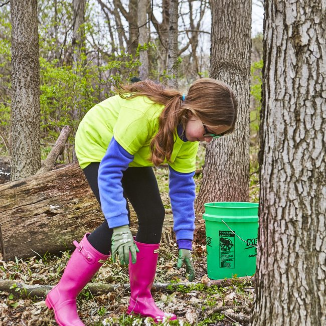 Girl volunteering in the Parks
