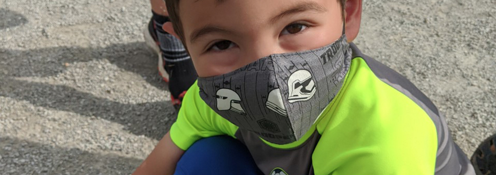 Kid wearing a mask